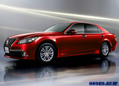 Toyota Crown 2013 года