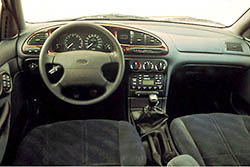 Ford Mondeo 1. 6i